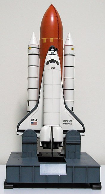 discovery space shuttle model - photo #12