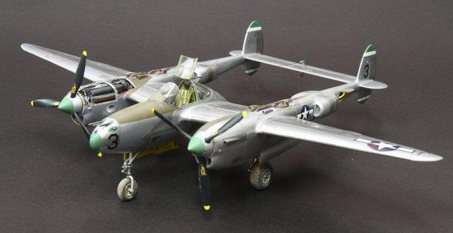 1/48 Hasegawa P-38J Lightning by Louis Chang