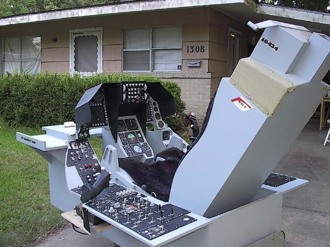 1/1 Scale F-16 Cockpit by Ted Sachs Jr